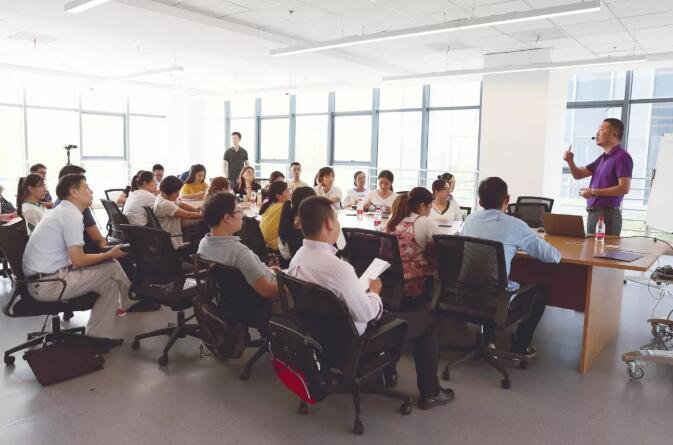 合肥中关村大讲堂企业代表学习中